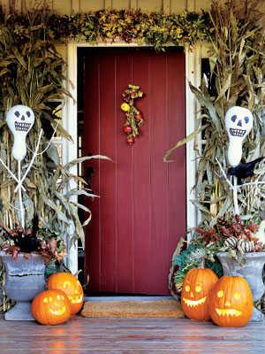 pumpkinideas-skeleton-bottle-gourds-mdn